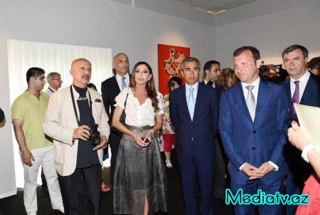 """Mehriban Əliyeva Kannda """"Azərbaycan xalçaları incəsənətdə"""" sərgisinin açılışında iştirak edib"""
