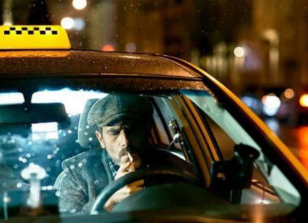 Binəqədidə taksi sürücüsü qarət olunub