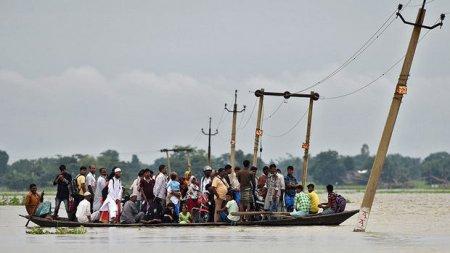 Hindistanda daşqınlar nəticəsində 85 nəfər öldü