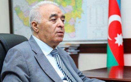Vasif Talıbovun kitab siyahısına reaksiya