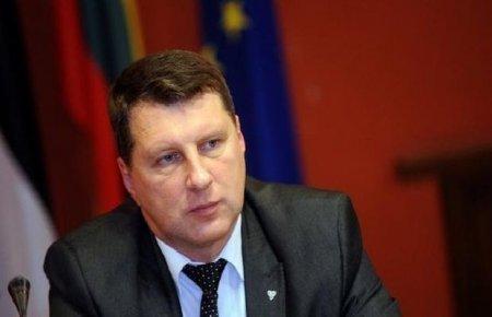 Latviya prezidenti: BMT Qarabağ münaqişəsinin nizamlanmasına yardım etməlidir