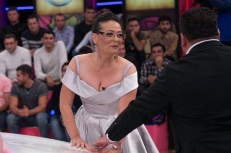 """Mehriban Xanlarovanın keçmiş sevgilisi ona """"Maşın""""da dəstək oldu - FOTO"""