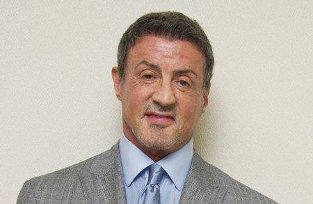Silvester Stallone cinsi zorakılıqda ittiham olunur