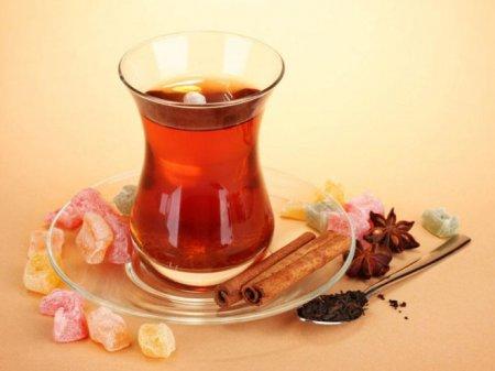 İsti çay içməyin inanılmaz faydası